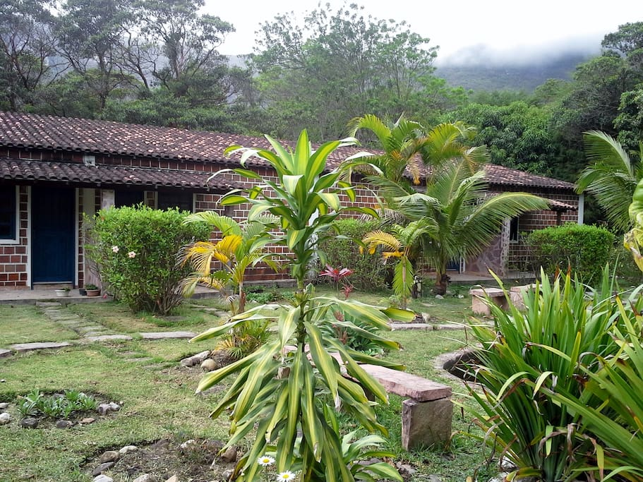 Jardins e  Chalés