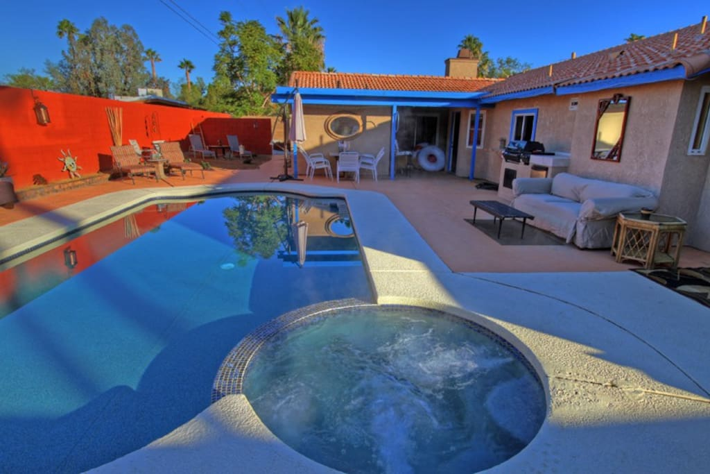 02 - Backyard saltwater pool and spa