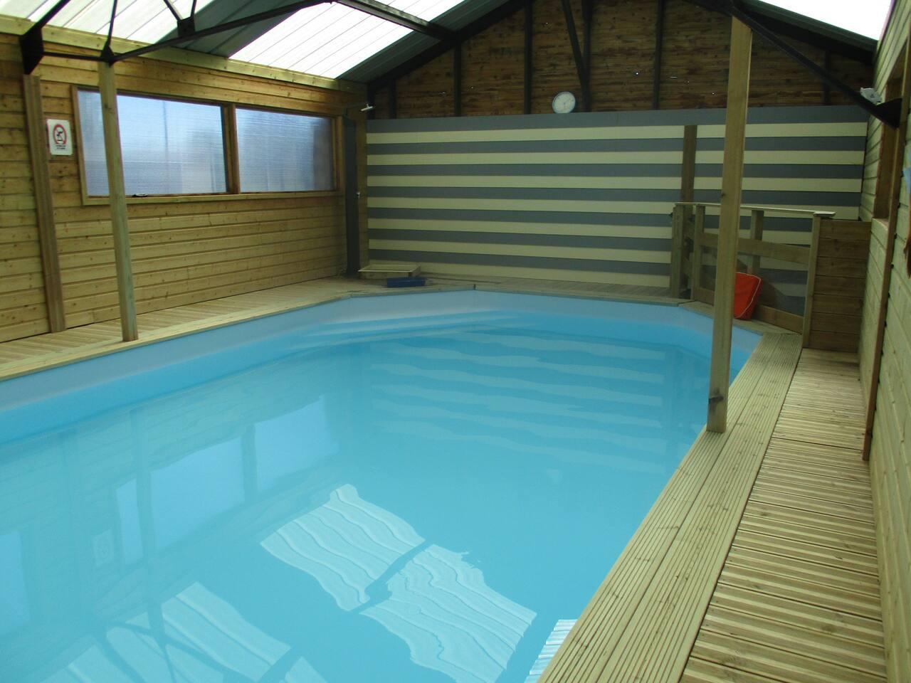 piscine couverte et chauffée d'Avril à fin Octobre