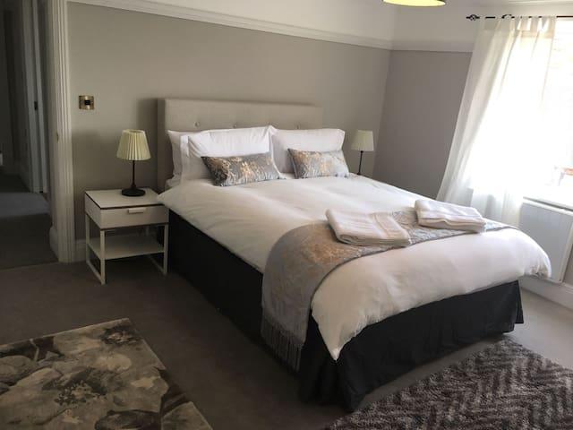 Two Bedroom Apartment @ Georgian Jewel