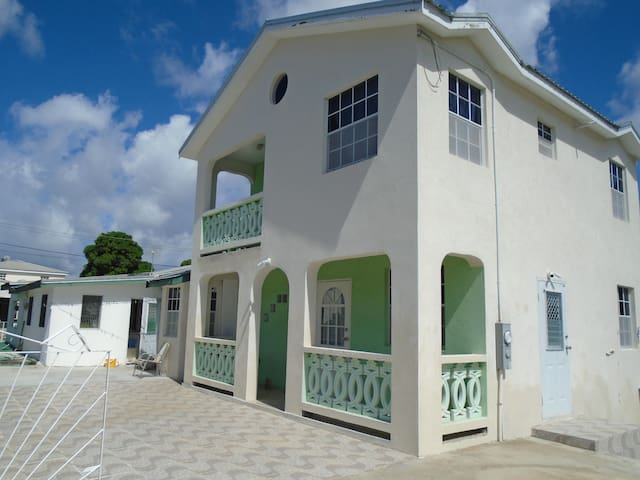 Simply Beautiful Two Storey home/apt awaits you
