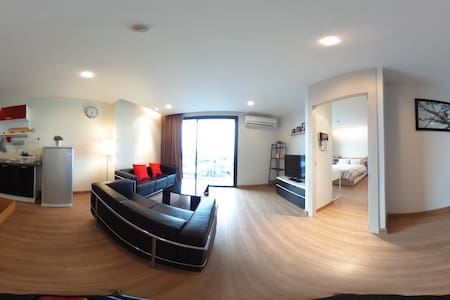 Modern, cozy, spacious 1 bedroom (60sqm) w balcony - Khon Kaen