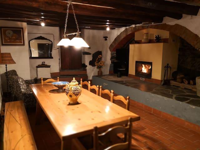 Antiguo molino  harina rural,estancia con encanto.
