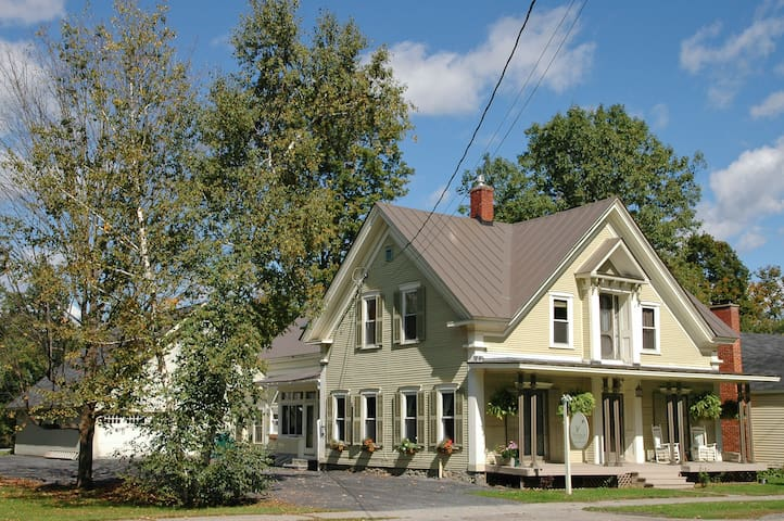Thistledown Inn B&B - Morristown