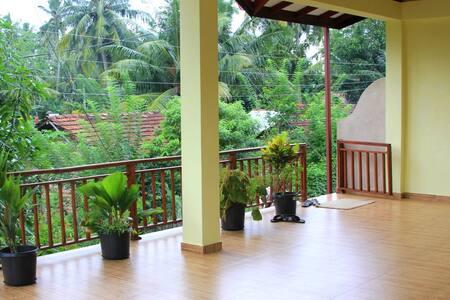 Villa 2 room Talpe - Talpe