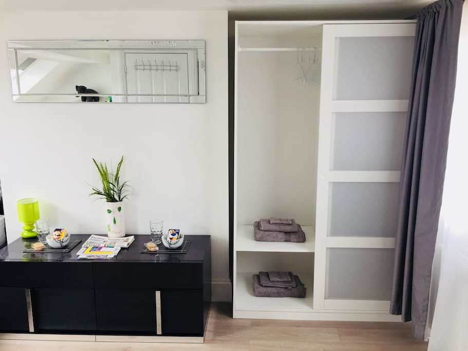 2 sets of drawers and a wardrobe provide convenient storage!
