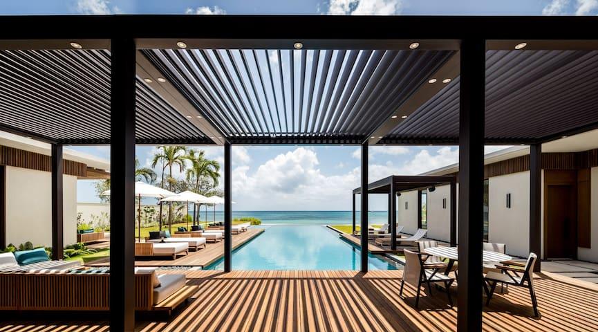 Silversands Beachfront Villa
