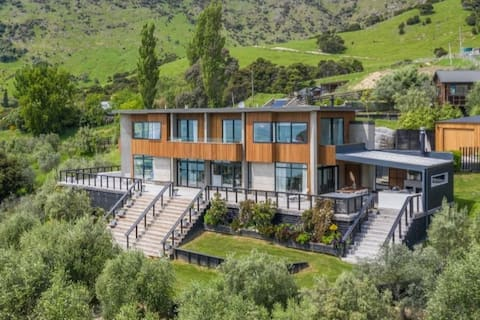 Luxurious, Grand, Contemporary with Idyllic Views!