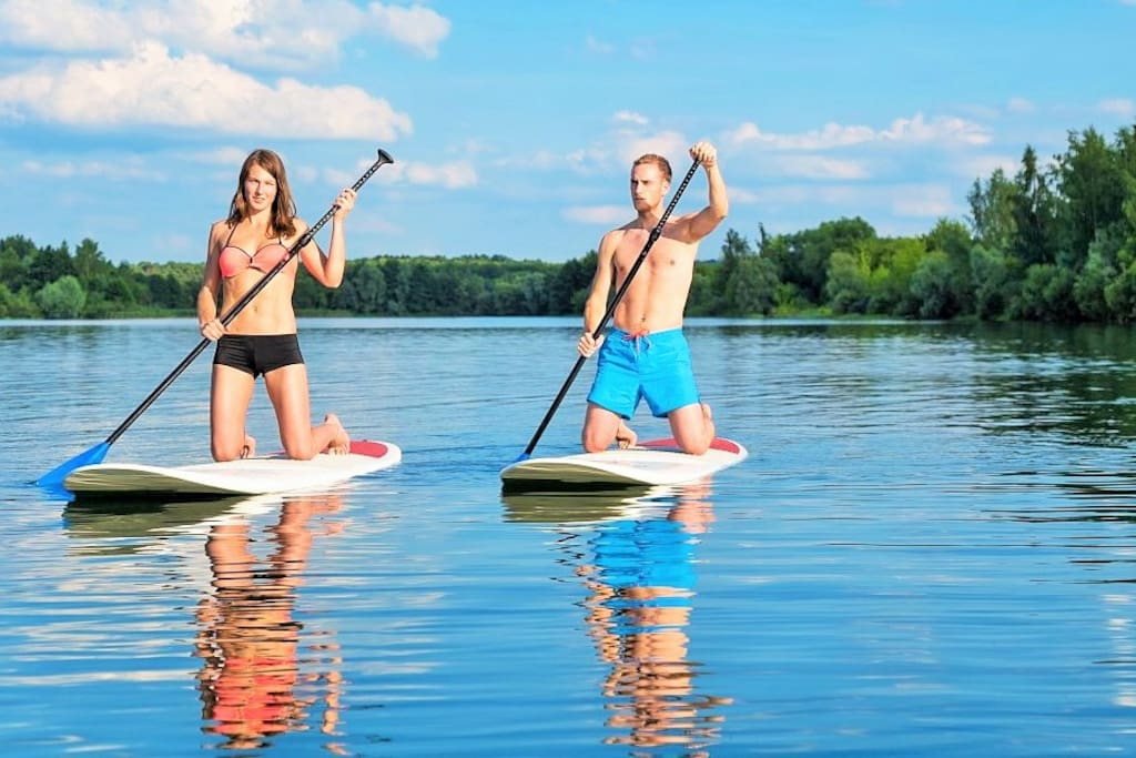 Beginning July 1st we will be providing 2 paddleboards for our guests at our lakefront location.