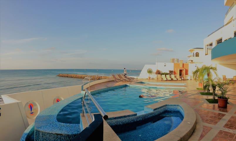 Apt. c/playa privada. Cerca Exclusivo Restaurantes