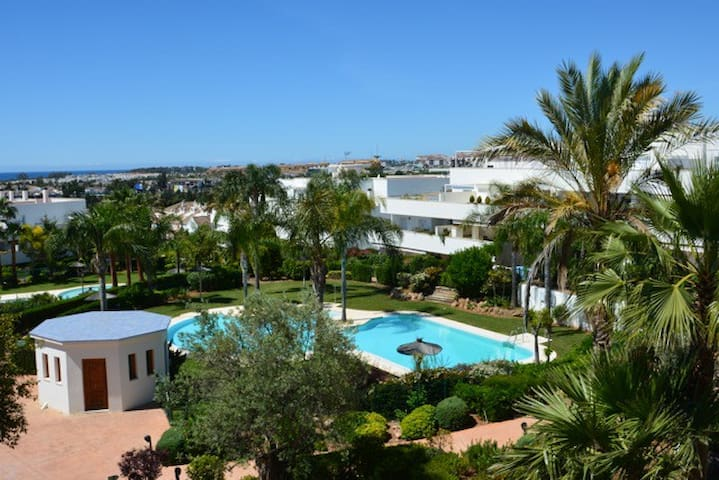 Luxury Penthouse near Puerto Banus - Marbella - Apartment