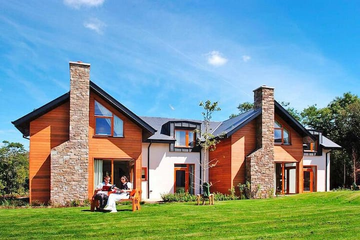 4 star holiday home in Sneem