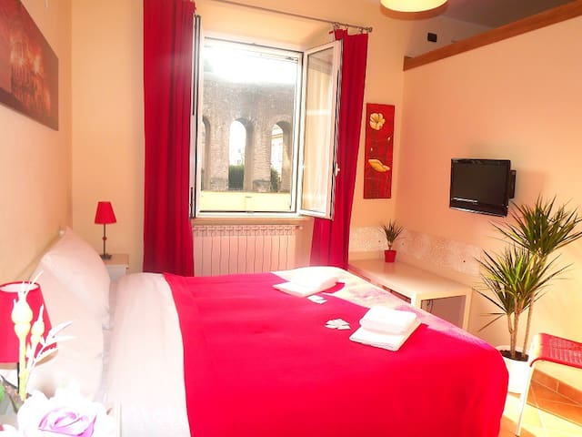 Double-Room with private bath. V.L. - Roma - Villa