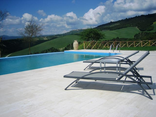 Villa Coramaura  Private Pool near Orvieto & Todi - Province of Terni - Casa de camp