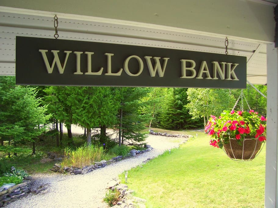 The Willow Bank sign welcomes visitors to the cottage.