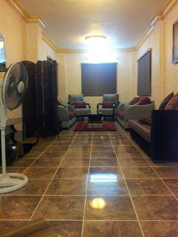 Comfort 160m apartment in new Zarqa - Zarqa/New Zarqa/ Batrawi  - Leilighet