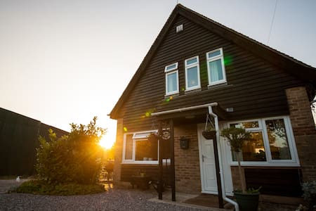 Rural holiday accommodation - Winchester - House