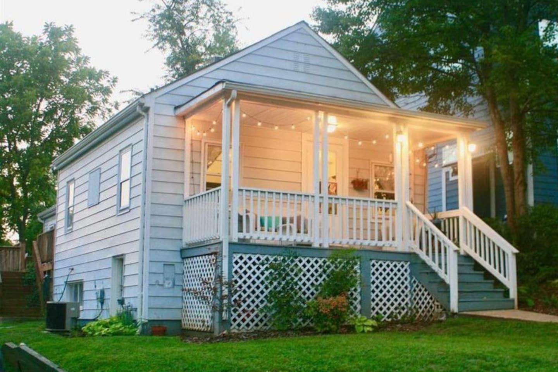 Cute Belmont Cottage