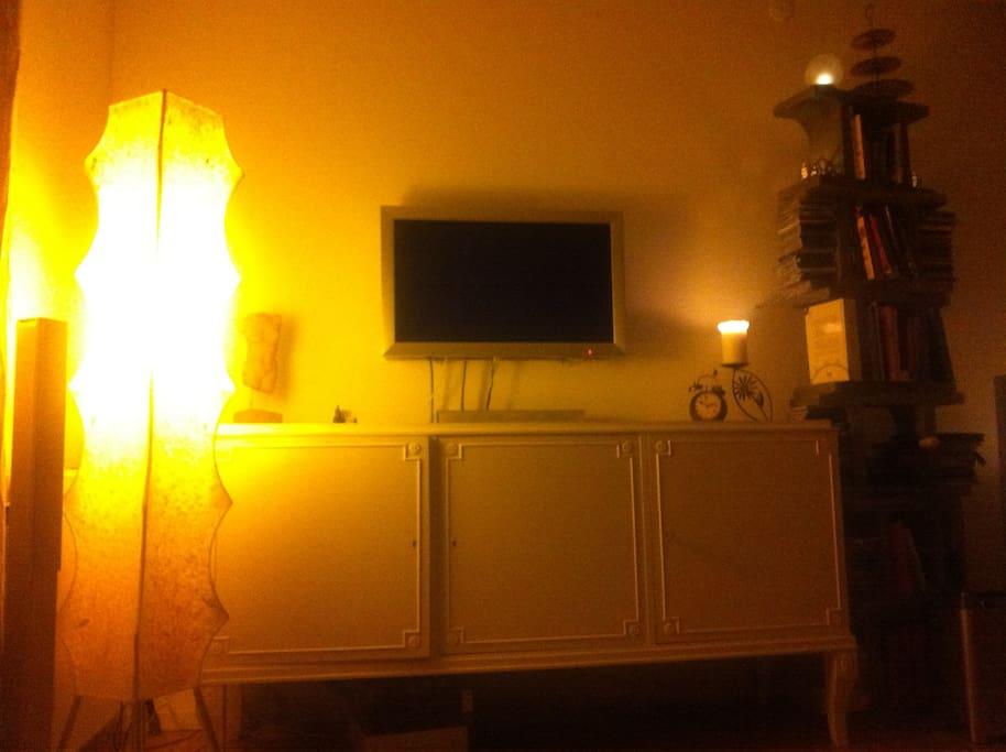 Living room; TV