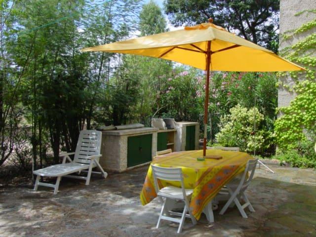 Joli appartement avec terrasse Plage Saint Cyprien - Porto-Vecchio - Apartment