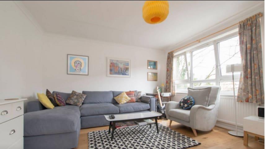 5* Bright & spacious London apartment