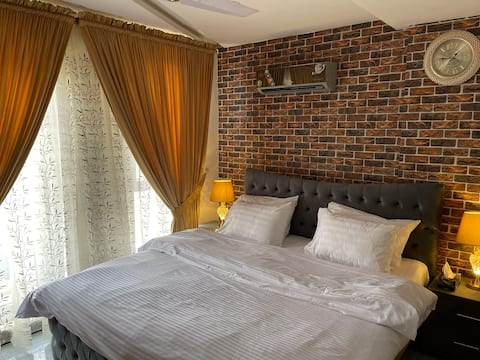 Luxury appartment in Bahria town Lahore