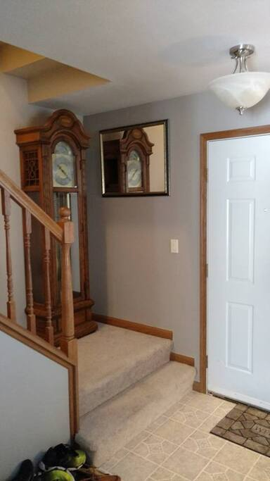 Front door/stairs