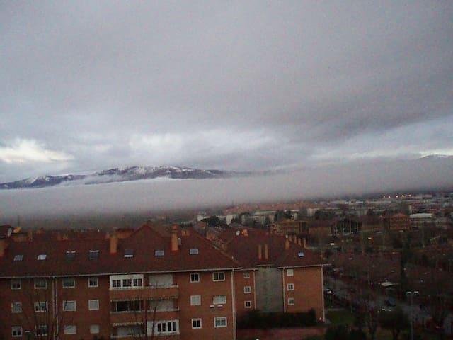 Alojamiento  Sierra  Guadarrama - Collado Villalba - Apartemen