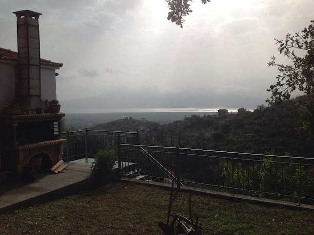 Βιλα με εκπληκτικη θεα θάλασσα  - Ναυπακτος  - Villa