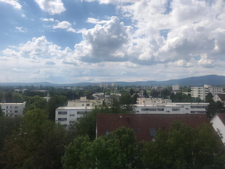 Traumhafte Aussicht auf den Taunus (Feldberg)