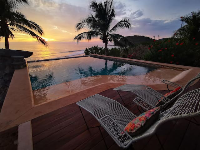 Casa Playa Verde - Beachfront Estate in Troncones