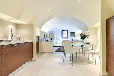 MODERN AND COMFORTABLE LOFT - Florenz