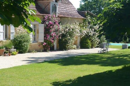 Chambre d'Hôtes de Charme - Lalinde
