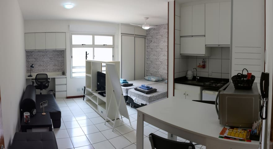 Apt 1 room with parking and concierge 24 hs.