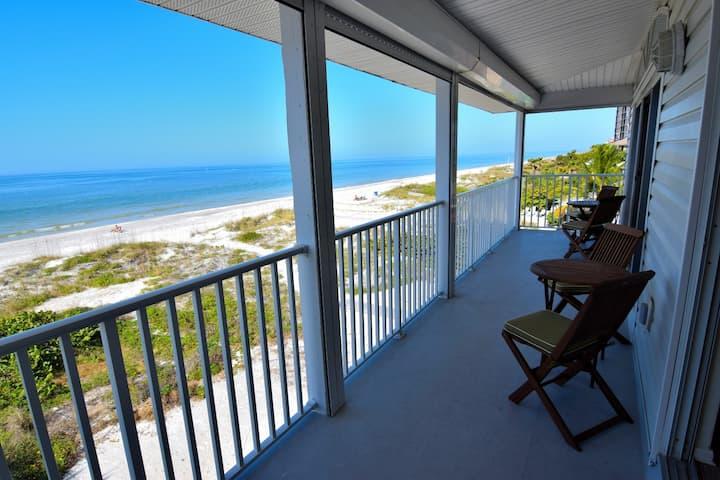 BEACHFRONT/Panoramic Views of the Gulf #301