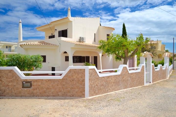 Albufeira Luxury Villa Ocean Blue 4 Bedroom