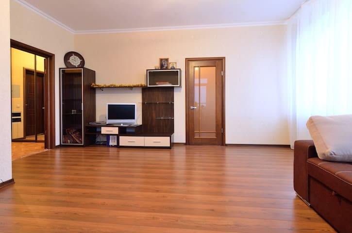 Beautiful flat near metro verified! - Kyiv - Flat