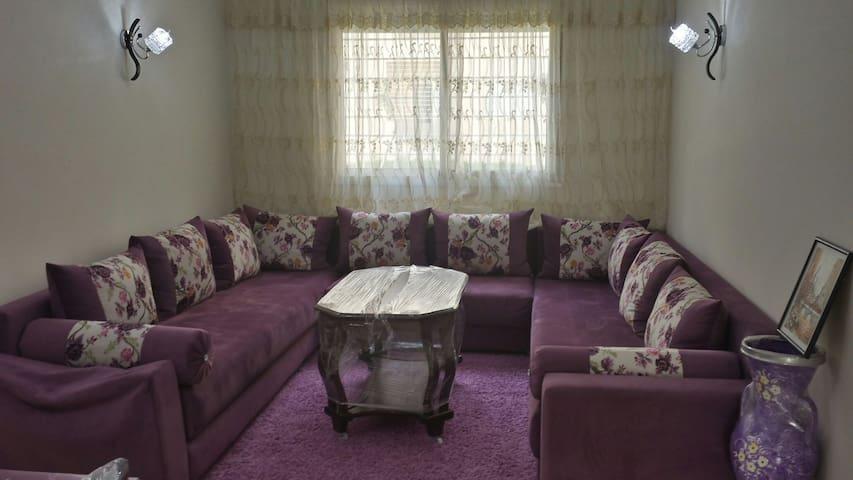 Joli appartement neuf bien meublé - Bouznika - Apartamento