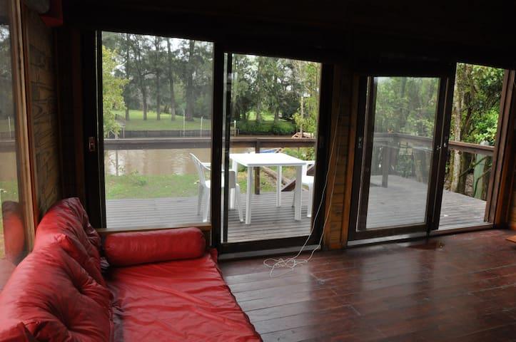 CABAÑAS en el Delta del Paraná - Tigre - Cabaña