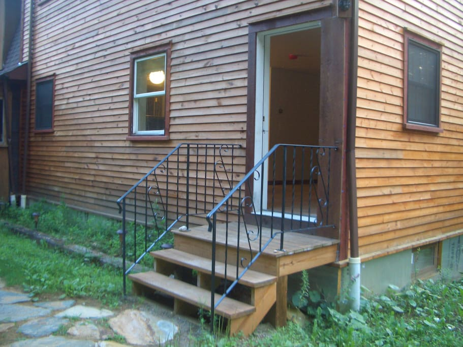 Private entrance to the Woodland Retreat