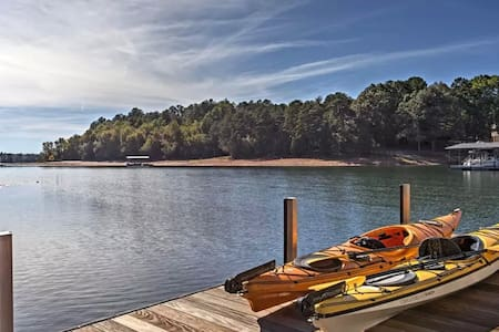 NEW! 5BR Anderson/Lake Hartwell w/Dock & Elevator - Anderson - House