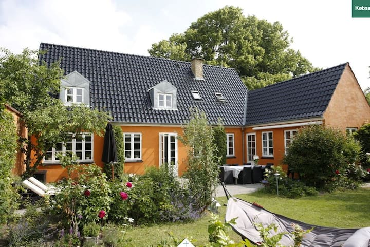 Beautiful family friendly villa in Kongens Lyngby