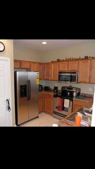 Full access to kitchen available
