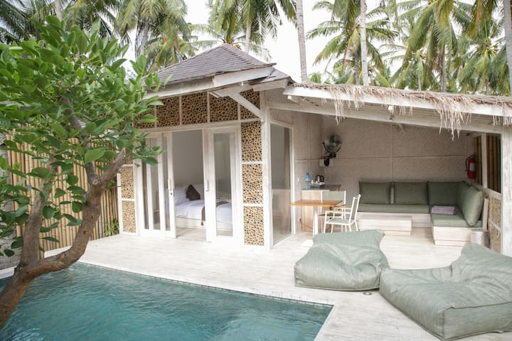 Luxurious 1-Bed Villa with Private Swimming Pool - Pemenang