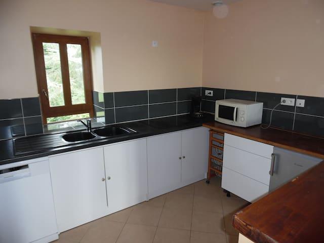 Appartement indépendant calme et confortable en bourguogne Sud