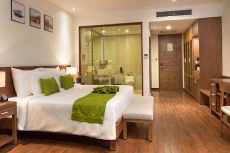 Cam Ranh Riviera Resort Deluxe Ocean incl beakfast - Bed & Breakfast