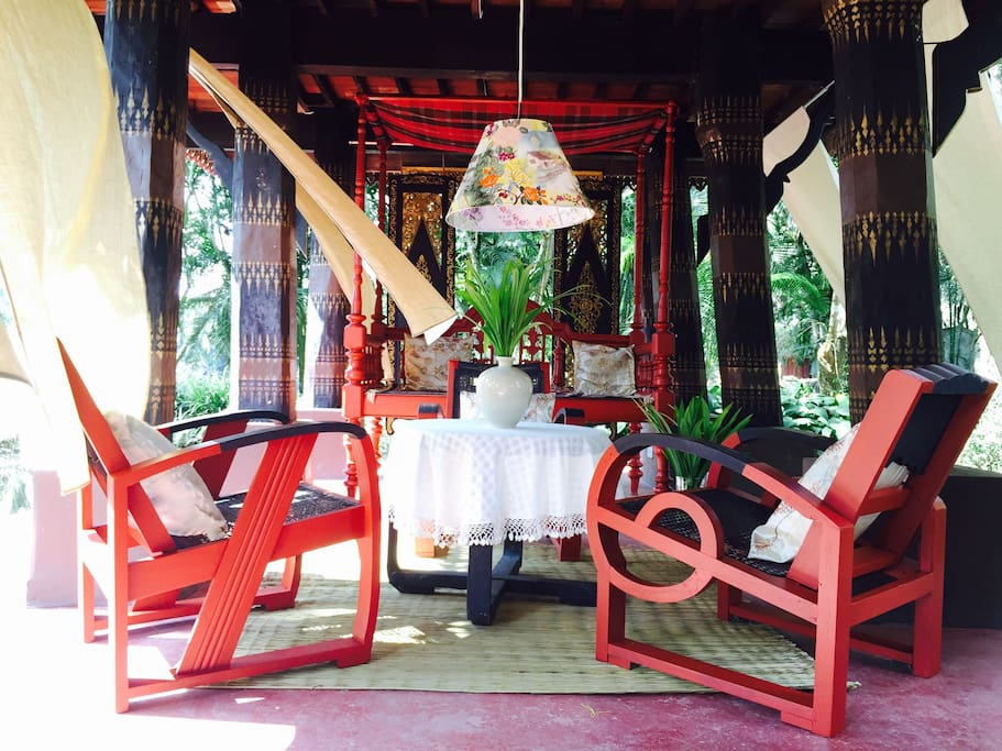 The traditional Thai houses are built with elevated ground floor in order to raised above flood water but as well as to have a cool downstairs given strong afternoon sun. Here you can have a good read and enjoy a breezy fresh air