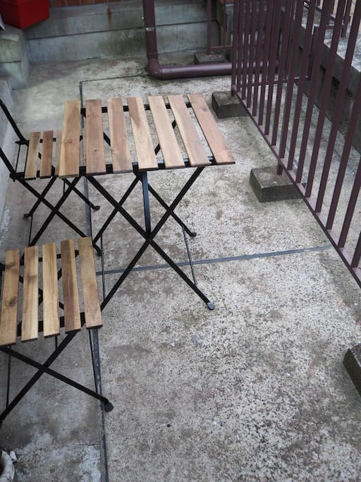 Spacious balcony, please bring chair & table