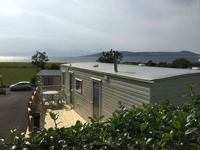 Westbourne Caravan Park and Self Catering Cottages - Millport