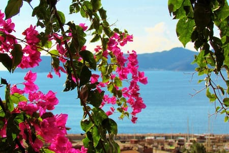 Pretty garden flat, central Kas - Kaş - Huoneisto